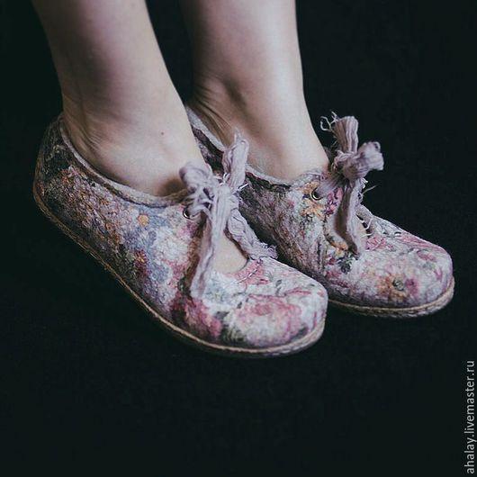 Обувь ручной работы. Ярмарка Мастеров - ручная работа. Купить Туфли Мэри Джейн летние женские из войлока ручной работы. Handmade.
