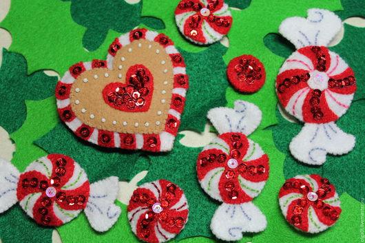Новый год 2017 ручной работы. Ярмарка Мастеров - ручная работа. Купить Новогодние украшения из фетра Конфетки Пряничное сердечко Леденцы. Handmade.