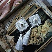 Серьги классические ручной работы. Ярмарка Мастеров - ручная работа серьги с вышивкой Метелица. Handmade.