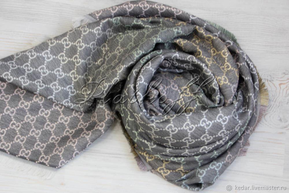 Grey multicolour Gucci monogram handkerchief, Shawls1, Moscow,  Фото №1