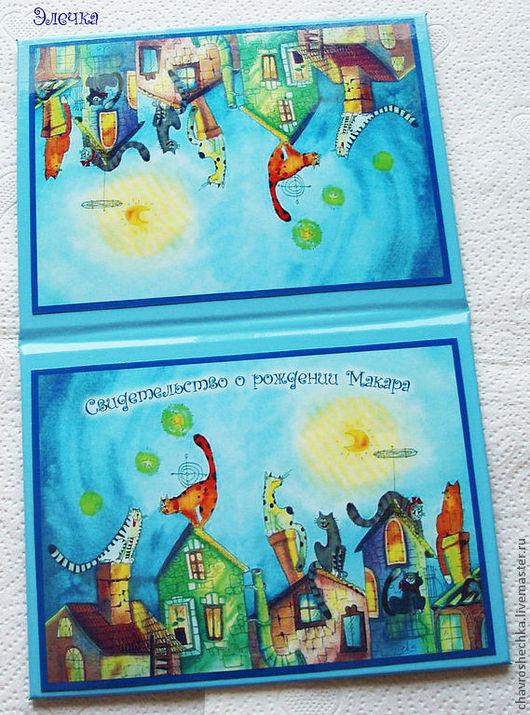 """Персональные подарки ручной работы. Ярмарка Мастеров - ручная работа. Купить """"Кошки на крыше"""" Именная обложка на св-во о рождении. Handmade."""