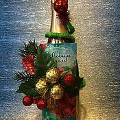 Подарки к праздникам ручной работы. Ярмарка Мастеров - ручная работа Новогодний декор бутылки. Handmade.