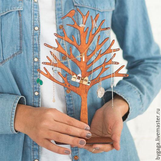 """Мебель ручной работы. Ярмарка Мастеров - ручная работа. Купить Подставка для украшений """"Деревце с птичкой"""". Handmade. Коричневый, подарок сестре"""