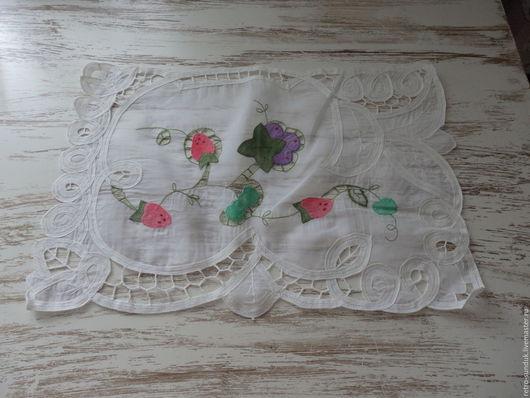 """Винтажные предметы интерьера. Ярмарка Мастеров - ручная работа. Купить Винтажная салфетка """"Ягодки"""", 70-е годы. Handmade. Белый"""