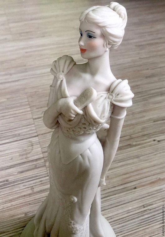 Винтажные предметы интерьера. Ярмарка Мастеров - ручная работа. Купить Capodimonte , изящная винтажная статуэтка (Каподимонте ). Handmade. Белый
