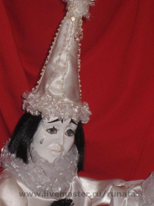 Коллекционные куклы ручной работы. Ярмарка Мастеров - ручная работа. Купить ПЬЕРО. Handmade. Акрил, нитки
