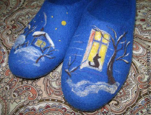 """Обувь ручной работы. Ярмарка Мастеров - ручная работа. Купить """"Вечерок"""" валяные тапочки. Handmade. Тёмно-синий, валяные тапочки"""