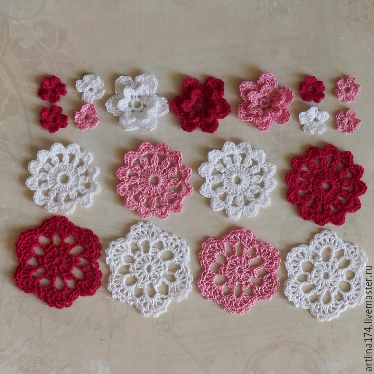 Вязанные цветы для салфетки