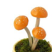 Куклы и игрушки ручной работы. Ярмарка Мастеров - ручная работа Грибочки кукольная миниатюра рыжие грибы поганки. Handmade.