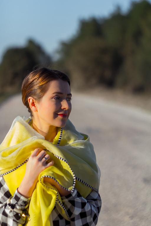 Шарфы и шарфики ручной работы. Ярмарка Мастеров - ручная работа. Купить Шелковый двухслойный шарф - желтый. Handmade. Желтый, шарфик