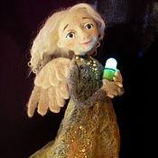"""Куклы и игрушки ручной работы. Ярмарка Мастеров - ручная работа Войлочная кукла """"Освещая путь"""". Handmade."""