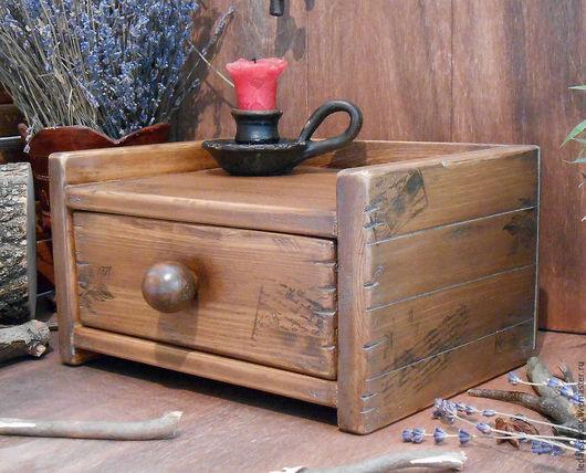 Комодик деревянный купить. Старый комодик из массива сибирского кедра. Комодик для хранения специй или писем,счетов,квитанций. `LedaksDecor`.
