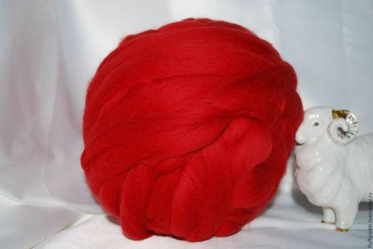 Австралийский топс меринос 18 мкм №203 красный