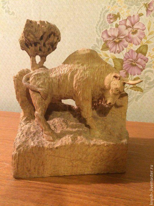 Статуэтки ручной работы. Ярмарка Мастеров - ручная работа. Купить Статуэтка из дерева, бык. Handmade. Резная статуэтка, ольха, бык