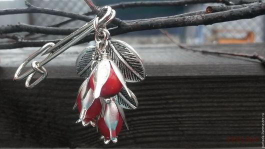 `Боярышник` красная брошь из камней 8 марта