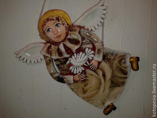 Подвески ручной работы. Ярмарка Мастеров - ручная работа. Купить Панно ангел с голубем.. Handmade. Оливковый, ангел, керамика