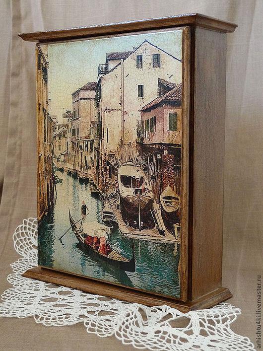 Прихожая ручной работы. Ярмарка Мастеров - ручная работа. Купить Ключница Венецианский канал. Handmade. Бежевый, для ключей, Декупаж
