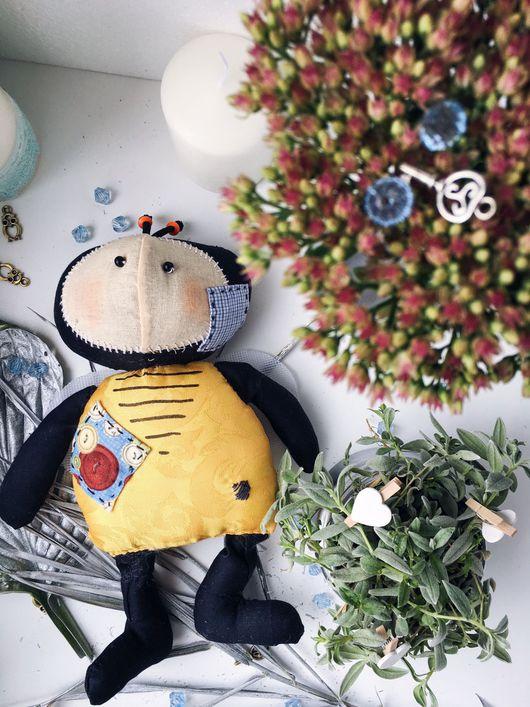 """Коллекционные куклы ручной работы. Ярмарка Мастеров - ручная работа. Купить Пчелка """"Жужа"""". Handmade. Пчела, подарок, радость"""