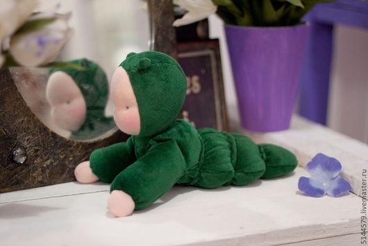 Вальдорфская игрушка ручной работы. Ярмарка Мастеров - ручная работа. Купить Гусеничка Вальдорфская кукла. Handmade. Вальдорфская кукла