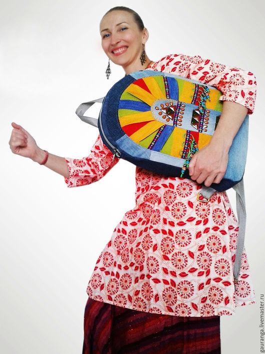 Освобождаем руки! Рюкзак всегда в моде! Дорогие девушки и женщины, живите с широко распахнутыми и свободными руками....Рюкзак всегда позаботится о том, чтобы наши руки отдыхали!