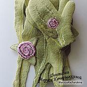 Аксессуары ручной работы. Ярмарка Мастеров - ручная работа комплект варежки+ шарф+ брошь. Handmade.