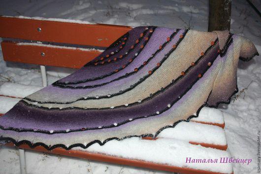 Шали, палантины ручной работы. Ярмарка Мастеров - ручная работа. Купить Теплая необычная шаль из шерсти Кауни Лиловый туман. Handmade.