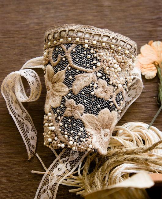 Браслеты ручной работы. Ярмарка Мастеров - ручная работа. Купить Текстильный браслет манжета в винтажном стиле с вышивкой. Handmade. Бежевый