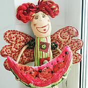 Куклы и игрушки ручной работы. Ярмарка Мастеров - ручная работа Грядут арбузы! Текстильная кукла ручной работы арбузная фея. Handmade.