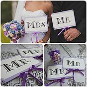 Свадебный салон ручной работы. Ярмарка Мастеров - ручная работа Mr&Mrs - Комплект табличек для свадебной фотосессии. Handmade.