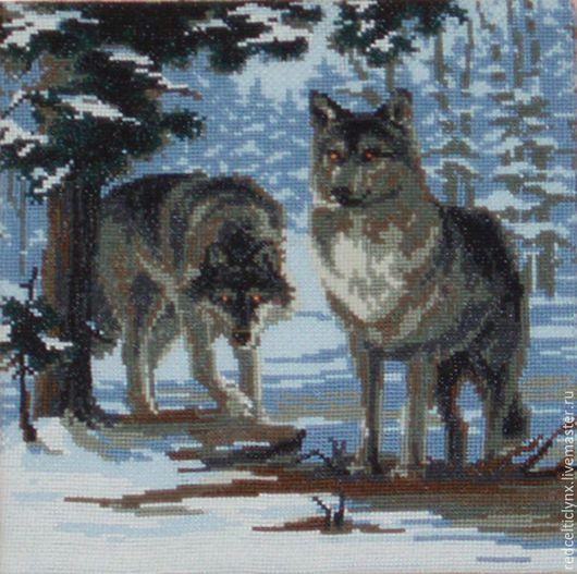 Животные ручной работы. Ярмарка Мастеров - ручная работа. Купить Волки в зимнем лесу. Handmade. Вышивка крестиком, волки, зима