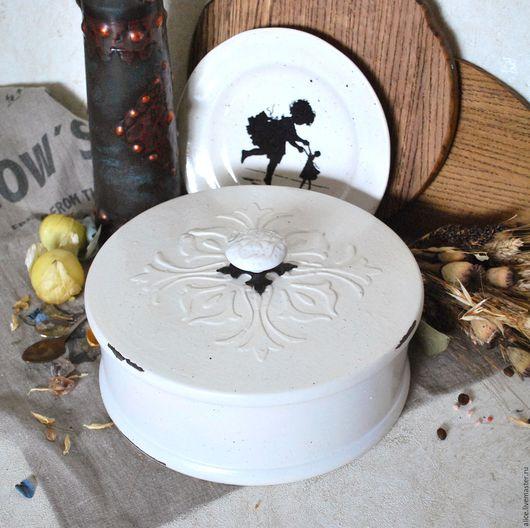 Кухня ручной работы. Ярмарка Мастеров - ручная работа. Купить TYUDOR короб-хлебница. Handmade. Молочный цвет, хлебница из дерева