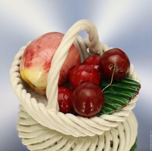 Винтажные предметы интерьера. Ярмарка Мастеров - ручная работа. Купить Ваза корзина с фруктами фарфор Италия 2. Handmade. Разноцветный
