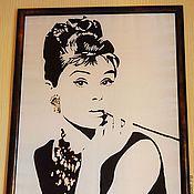 Картины ручной работы. Ярмарка Мастеров - ручная работа Авторский портрет на шелке. Одри Хепбёрн  (Audrey Hepburn). Handmade.