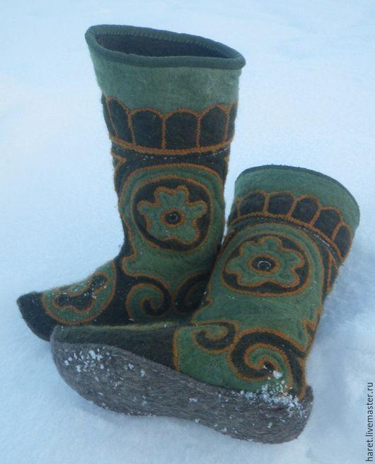 Обувь ручной работы. Ярмарка Мастеров - ручная работа. Купить Сапоги из войлока. Handmade. Зеленый, работа, теплая, сапоги, Аппликация