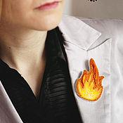 Украшения ручной работы. Ярмарка Мастеров - ручная работа Брошь из бисера и шибори Огонь оранжевый желтый вышивка. Handmade.