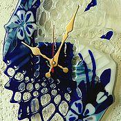 """Для дома и интерьера ручной работы. Ярмарка Мастеров - ручная работа """"Стеклянное кружево"""" - настенные стеклянные часы  в технике фьюзинг.. Handmade."""