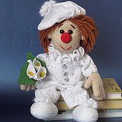 Куклы и игрушки ручной работы. Ярмарка Мастеров - ручная работа Маленький клоун вязаная кукла. Handmade.