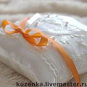 Свадебный салон ручной работы. Ярмарка Мастеров - ручная работа Яркая весна - подушечка для обручальных колец. Handmade.