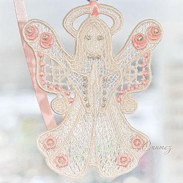 Куклы и игрушки ручной работы. Ярмарка Мастеров - ручная работа Ангел цветов вышитая кружевная игрушка для мобиля. Handmade.