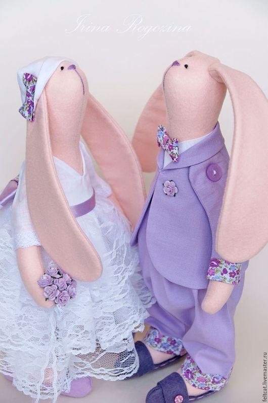 Куклы Тильды ручной работы. Ярмарка Мастеров - ручная работа. Купить Свадебные зайцы Сиреневая свадьба. Handmade. Сиреневый