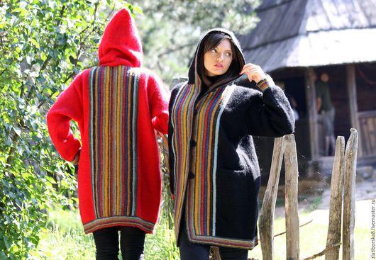 `Нет-некрасивых женщин, есть непрвильная одежда` (цвет красный коралл, черный топаз) модель 4283