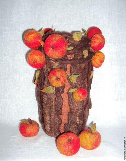 """Вазы ручной работы. Ярмарка Мастеров - ручная работа. Купить Ваза интерьерная """"Яблонька"""".. Handmade. Ярко-красный, опавшие яблоки"""