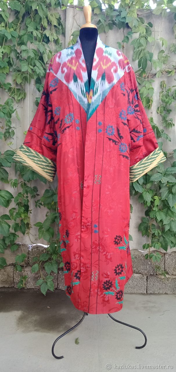 Узбекский халат из сюзане и иката. Бохо-пальто, кафтан, Халаты, Одинцово,  Фото №1