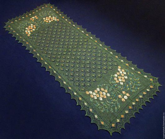 Шали, палантины ручной работы. Ярмарка Мастеров - ручная работа. Купить Палантин(шарф) из натурального козьего пуха с расшитыми шёлком узорами. Handmade.