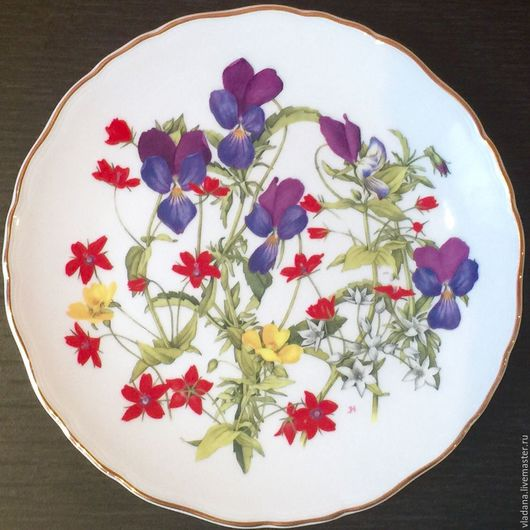 Винтажная посуда. Ярмарка Мастеров - ручная работа. Купить Декоративная тарелка от Royal Albert. Handmade. Белый, костяной фарфор, подарок
