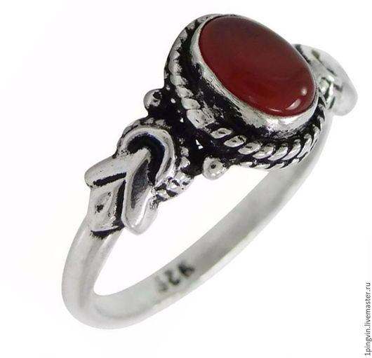 Серебряное  кольцо с натуральным сердоликом Размер 18,3