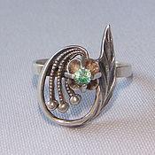 Винтаж handmade. Livemaster - original item Silver Ring 925 Silver star Green stone Modern R. 17,5-18. Handmade.