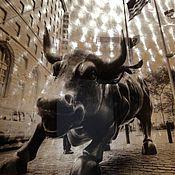 Картины и панно ручной работы. Ярмарка Мастеров - ручная работа Картина на стекле Атакующий бык. Handmade.