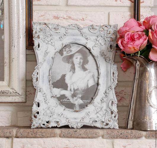 """Фоторамки ручной работы. Ярмарка Мастеров - ручная работа. Купить Рамка для фото """"Старое серебро"""" в белом цвете. Handmade. Белый"""