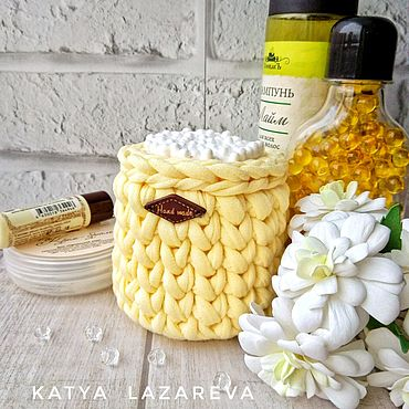 Для дома и интерьера ручной работы. Ярмарка Мастеров - ручная работа Жёлтый. Баночка для ватных палочек из трикотажной пряжи жёлтая. Handmade.